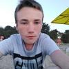 Олег, 18, г.Колпино