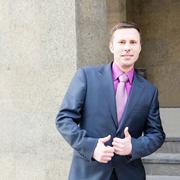 Анатолий, 40 лет, Телец