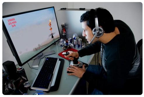 Чоловіки та комп'ютерні ігри: зважуємо «за» і «проти»