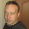 олег, 32, г.Сарапул
