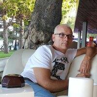 Валентин, 57 лет, Скорпион, Севастополь
