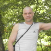александр, 44, г.Кадуй