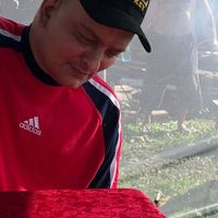 Олег, 48 лет, Рак, Томск