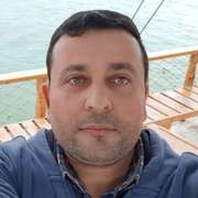 Selim Pusat 40 лет (Лев) Свободный
