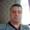 виктор, 39, г.Климовск