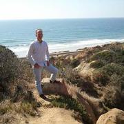 Robert 57 лет (Скорпион) Лос-Анджелес