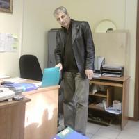 Николай, 63 года, Телец, Москва