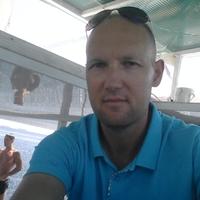 Александр, 39 лет, Телец, Геленджик