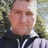 Sergey, 42, Avdeevka