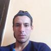 Олег, 29, г.Южное