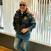 Начать знакомство с пользователем Williams Thomas 49 лет (Телец) в Голд-Кост