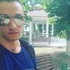 Виталий, 24, г.Курахово
