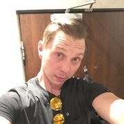 Matt Korotva, 36, г.Торонто