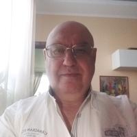 Валентин, 71 год, Рак, Санкт-Петербург