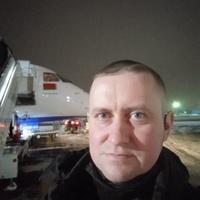 Виктор, 38 лет, Телец, Азери