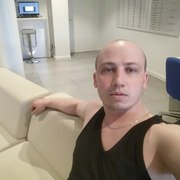 Юрий, 34, г.Сосновый Бор