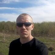 Виталий, 32, г.Промышленная
