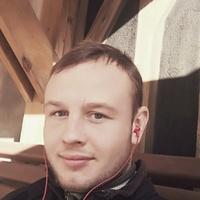 Максим, 31 год, Водолей, Москва