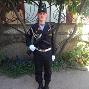 Артем, 26, г.Кантемировка