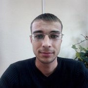 Дмитрий, 29, г.Александровск