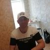 Виталий, 44, г.Березовский