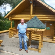 Алексей, 46, г.Лянторский