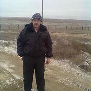 Иван, 42, г.Элиста