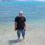 александр, 41, г.Алчевск