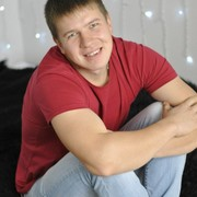 Александр, 28, г.Губаха