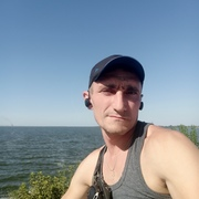 Александр, 39, г.Никополь