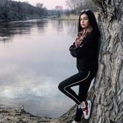 Аня, 19, г.Чернигов