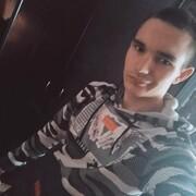 Олег, 19, г.Дорогобуж