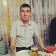 Радмир, 27, г.Лянторский