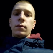 Юрий, 20, г.Феодосия