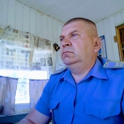 Олег, 50, г.Россошь