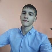 Юра, 21, г.Чунский
