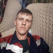 Александр, 21, г.Сузун