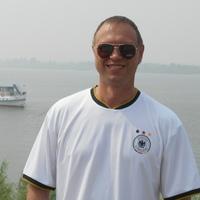 олег, 44 года, Козерог, Томск