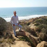 Robert из Лос-Анджелеса желает познакомиться с тобой