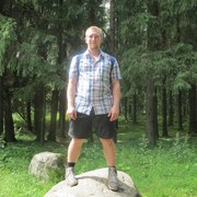 Валентин, 29, г.Игра