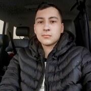 Микола 21 год (Овен) хочет познакомиться в Заставне