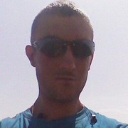 Александр, 32, г.Приютное