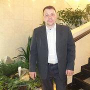 Виктор, 46, г.Новый Уренгой
