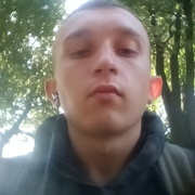 Андрей, 21, г.Нежин