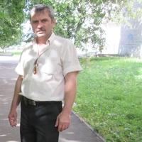 Лев, 57 лет, Водолей, Москва