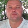 валера, 46, г.Градижск