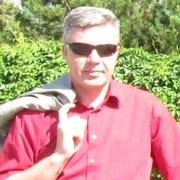 Юрий, 43, г.Волхов