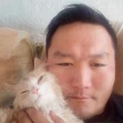 Юрий, 30, г.Нерюнгри