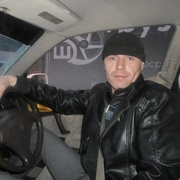 максим 39 лет (Скорпион) Новоселово
