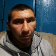 Павел, 31, г.Среднеуральск